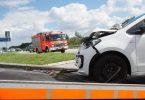 Mehr als nur ein Blechschaden: Ein Auffahrunfall kann lang andauernde körperliche Folgen für die Autoinsassen haben. Foto: Benjamin Nolte/dpa-tmn