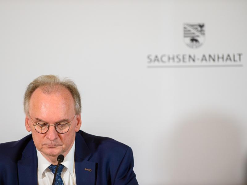 Ministerpräsident Reiner Haseloff bei einer Pressekonferenz nach der Koalitionssitzung in Magdeburg. Foto: Klaus-Dietmar Gabbert/dpa-Zentralbild/dpa