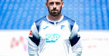 Wird für Hoffenheim beim Spiel gegen KAA Gent im Tor stehen: Philipp Pentke. Foto: Uwe Anspach/dpa
