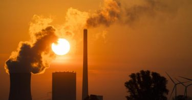Bis 2030 will die EU 55 Prozent weniger Treibhausgase ausstoßen als 1990. Foto: Julian Stratenschulte/dpa