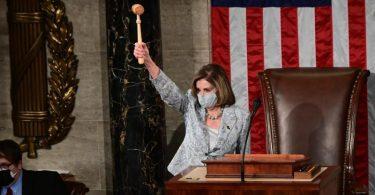 In den vergangenen zwei Jahren an der Spitze der Parlamentskammer war Pelosi politisch die mächtigste Frau Amerikas und oft die wichtigste Gegenspielerin von Präsident Donald Trump. Foto: Erin Scott/Pool Reuters/AP/dpa