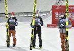Die drei top-platzierten Markus Eisenbichler (l-r), Robert Johansson und Karl Geiger. Foto: Jussi Nukari/Lehtikuva/dpa