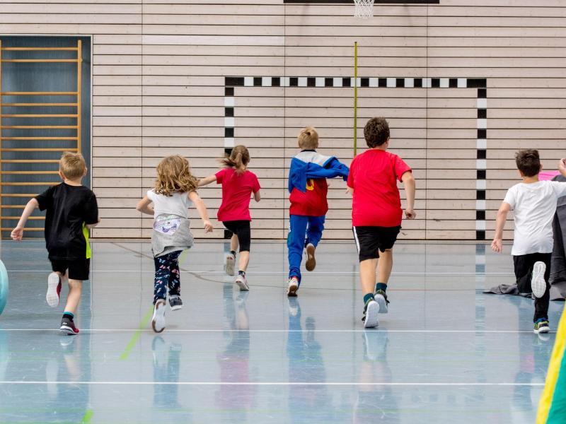 Sport- und Bewegungsprogramme sind in der Regel ein Bestandteil jeder Kinder- und Jugendreha. Foto: Bündnis Kinder- und Jugendreha e.V./dpa-tmn