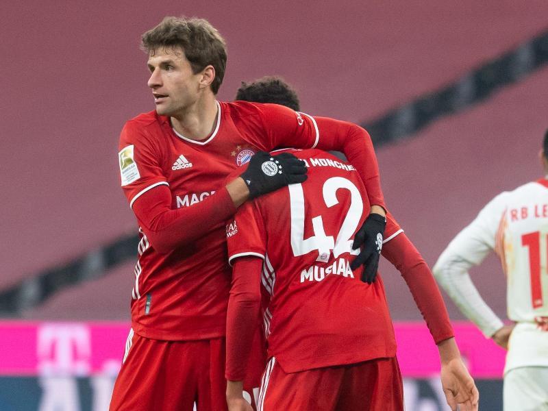 Könnten beide noch zur EM mitfahren: Thomas Müller (l) und Jamal Musiala. Foto: Sven Hoppe/dpa