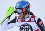 Steht unmittelbar vor dem Gewinn des alpinen Gesamtweltcups: Petra Vlhova aus der Slowakei. Foto: Gian Ehrenzeller/KEYSTONE/dpa