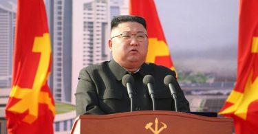Nordkoreas Machthaber Kim Jong Un soll einen neuen Raketentest unternommen haben. Foto: -/KCNA/dpa