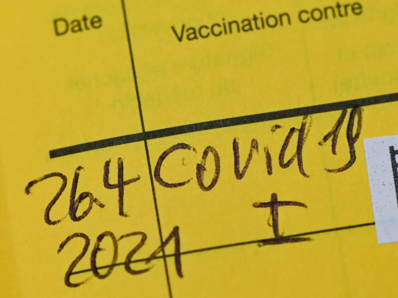 Je nach Impfstoff sinkt bei Geimpften die Wahrscheinlichkeit, an Covid-19 zu erkranken, im Vergleich zu Ungeimpften um mindestens 70 Prozent. Foto: Patrick Pleul/dpa-Zentralbild/ZB