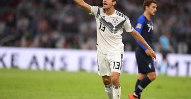 Thomas Müller wird bei der EM die Nummer 25 statt der 13 auf dem Trikot tragen. Foto: Marius Becker/dpa