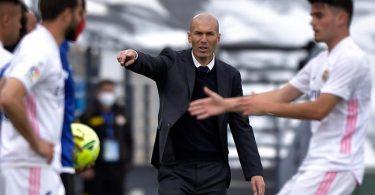 Trainer Zinédine Zidane hört bei Real Madrid auf. Foto: Pablo Morano/AP/dpa