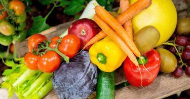Beim Abnehmen spielt die gesunde Ernährung eine wichtige Rolle. Foto: Zacharie Scheurer/dpa-tmn