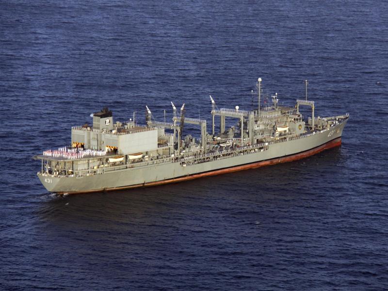 Das größte Kriegsschiff der iranischen Marine, die «Charg», ist im Golf von Oman unter unklaren Umständen gesunken. Foto: -/Iranische Armee via AP/dpa