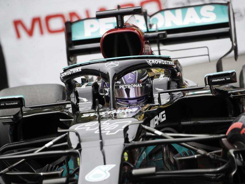 Formel-1-Weltmeister Lewis Hamilton will in Baku wieder siegen. Foto: Luca Bruno/AP/dpa