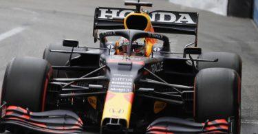 Fuhr im ersten Baku-Training die schnellste Zeit: Max Verstappen. Foto: Luca Bruno/AP/dpa