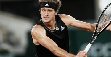 Zum vierten Mal: Alexander Zverev steht bei den French Open im Achtelfinale. Foto: Thibault Camus/AP/dpa