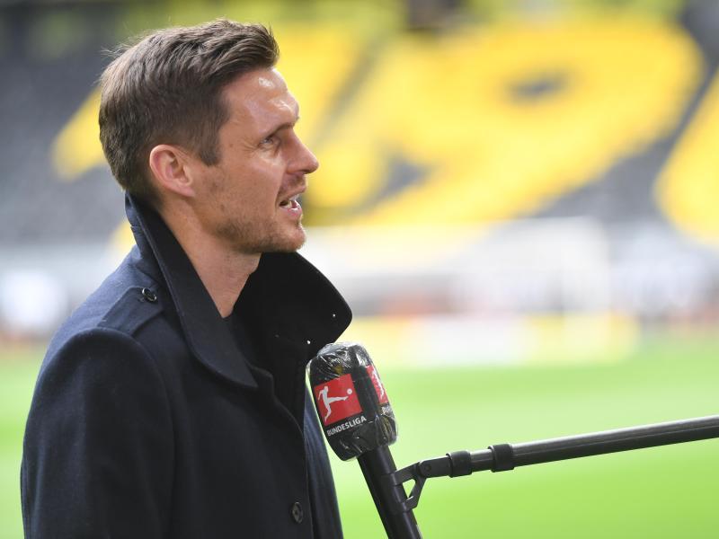 Der BVB um Lizenzspielerchef Sebastian Kehl möchte möglichst viele Spieler impfen lassen. Foto: Bernd Thissen/dpa