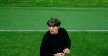 Nach dem erfolgreichen Test gegen Lettland fängt die Arbeit mit dem Team für Bundestrainer Joachim Löw erst richtig an. Foto: Thilo Schmürgen/Reuters Pool/dpa