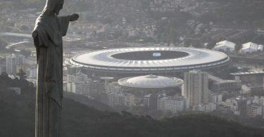 Zwei Wochen vor dem Turnierstart ist die Copa América nach Brasilien verlegt worden. Foto: Felipe Dana/AP/dpa