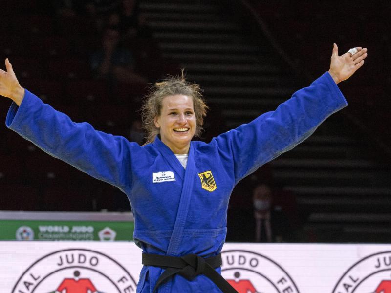 Olympia kann kommen: Anna-Maria Wagner reist als Weltmeisterin nach Tokio. Foto: Zsolt Szigetvary/MTI/AP/dpa