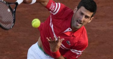 Steht im Endspiel von Paris: Novak Djokovic. Foto: Christophe Ena/AP/dpa