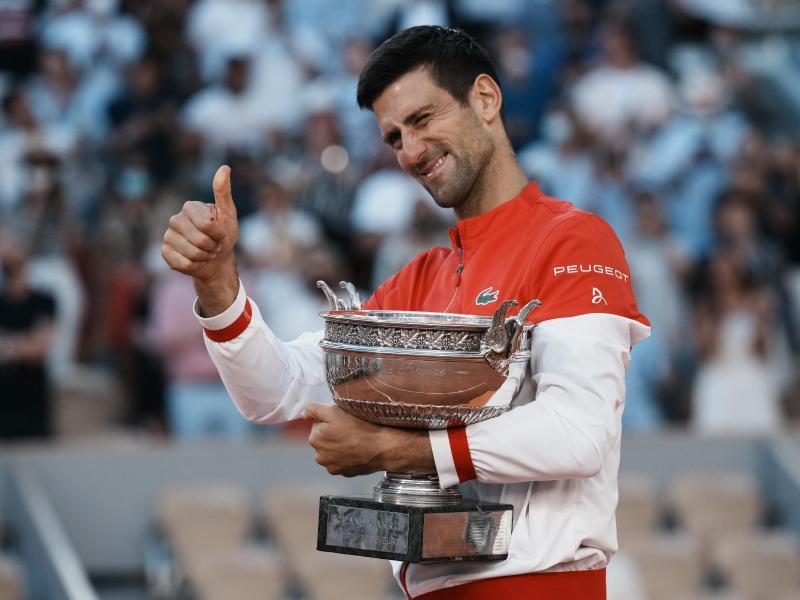 Novak Djokovic konnte die French Open zum zweiten Mal gewinnen. Foto: Thibault Camus/AP/dpa