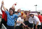 Englische Fans feiern bei einem Public Viewing in Manchester den Sieg ihrer Mannschaft. Foto: Bradley Collyer/PA Wire/dpa