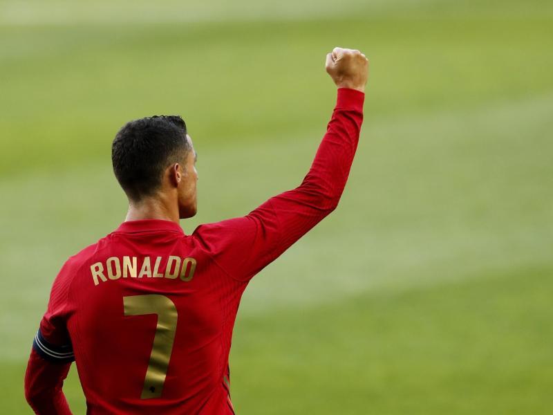 Will mit Portugal erneut den Titel holen: Superstar Cristiano Ronaldo. Foto: Armando Franca/AP/dpa