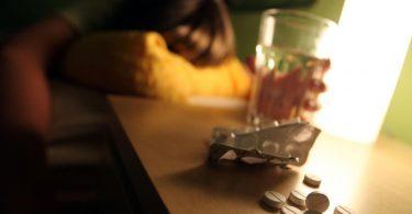 Weltweit sei die Rate der Selbsttötungen zwischen den Jahren 2000 und 2019 zwar um 36 Prozent zurückgegangen. Aber durch die Corona-Pandemie seien viele Risikofaktoren gestiegen, warnt die WHO. Foto: Oliver Berg/dpa