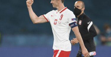 Sicherte Polen einen Punkt gegen Spanien: Robert Lewandowski. Foto: David Ramos/Getty-pool/dpa