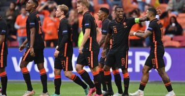 Souveräner Gruppensieger: Mit drei Siegen zieht die Niederlande ins EM-Achtelfinale ein. Foto: Marius Becker/dpa