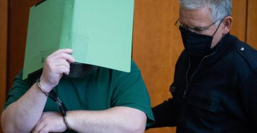 Das Landgericht Göttingen verurteilte den Angeklagten zu über sechs Jahren Haft. Foto: Swen Pförtner/dpa/Pool/dpa