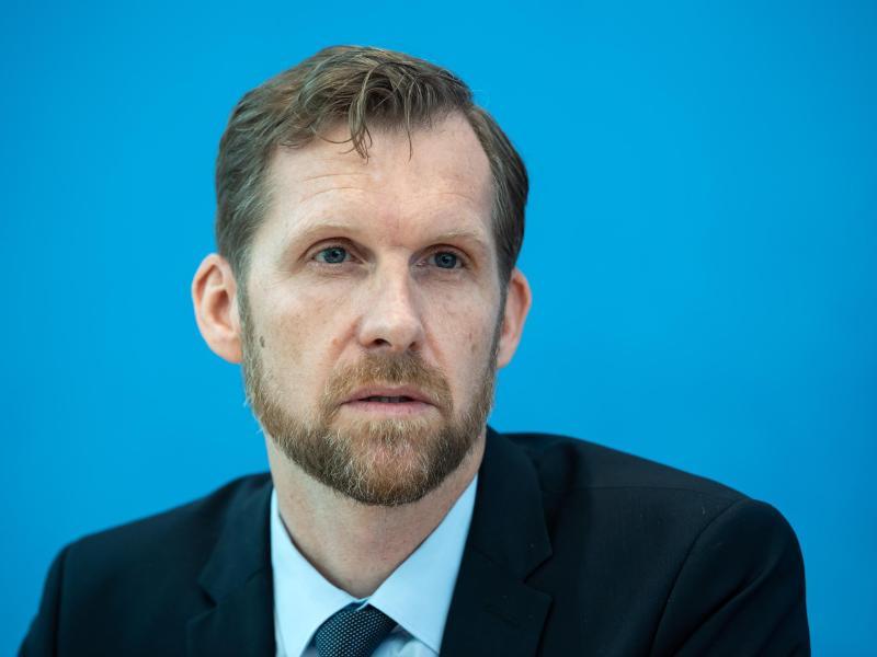 Leif Erik Sander ist Leiter der Forschungsgruppe für Infektionsimmunologie und Impfstoff-Forschung der Berliner Charite. Foto: Bernd von Jutrczenka/dpa