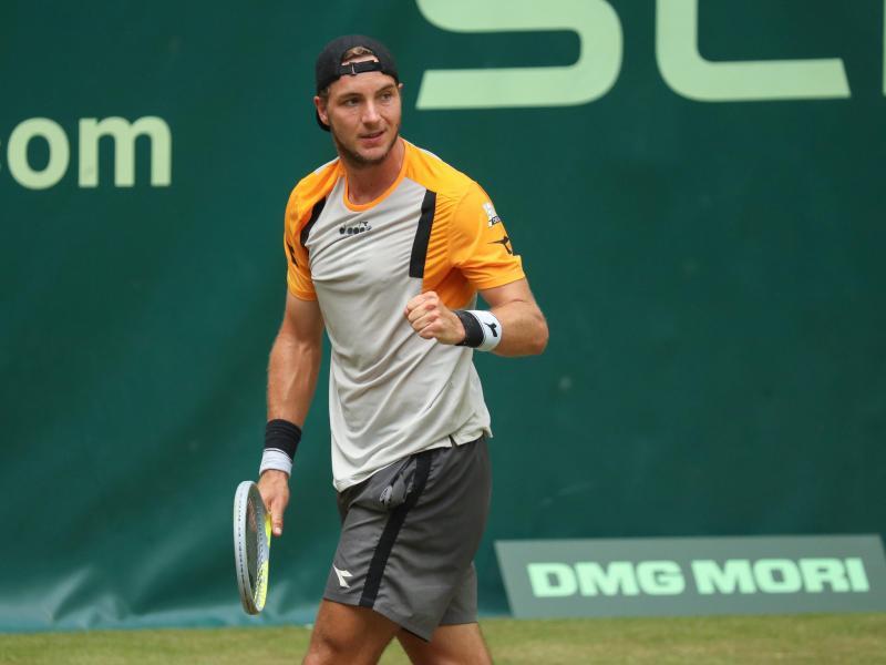 Trifft in Wimbledon auf den Weltranglisten-Zweiten Daniil Medwedew: Jan-Lennard Struff. Foto: Friso Gentsch/dpa