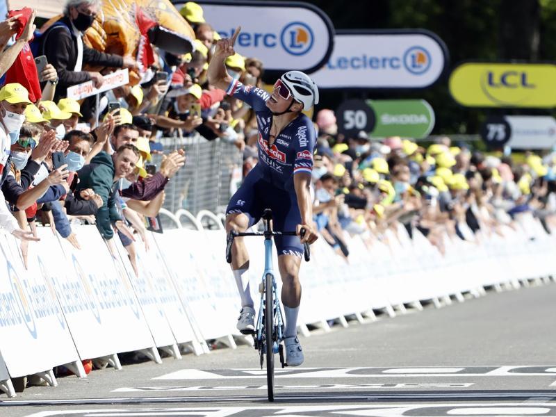 Mathieu van der Poel triumphierte an der Mur-de-Bretagne. Foto: Pool Jan De Meuleneir/BELGA/dpa