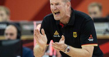 Henrik Rödl will mit den deutschen Basketballern zu den Olympischen Spielen. Foto: Swen Pförtner/dpa
