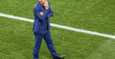 Frankreichs Nationaltrainer Didier Deschamps steht nach dem EM-Aus in der Kritik. Foto: Daniel Mihailescu/Pool AFP/dpa