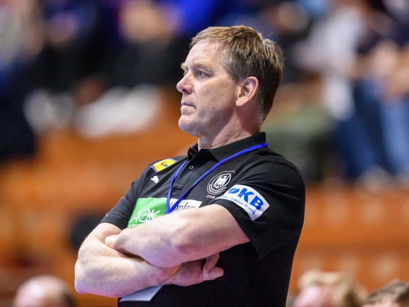 Der Olympia-Kader von Handball-Bundestrainer Alfred Gislason steht. Foto: Sascha Klahn/dpa