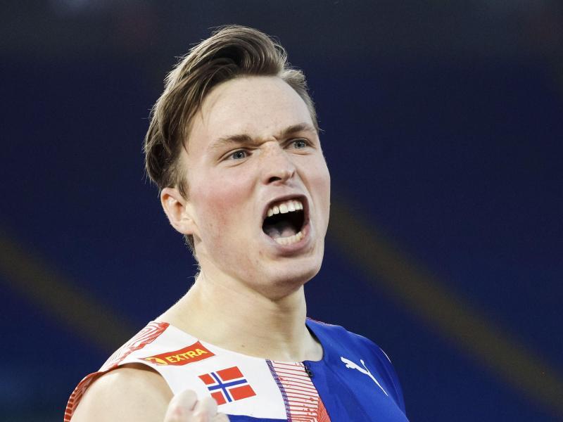 Hat einen neuen Weltrekord über 400 Meter Hürdenlauf aufgestellt: Karsten Warholm aus Norwegen. Foto: Gregorio Borgia/AP/dpa