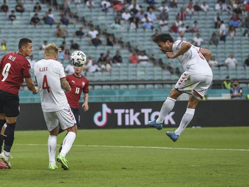 Dänemarks Thomas Delaney erzielt das Tor zum 0:1. Foto: Ozan Kose/Pool AFP/dpa