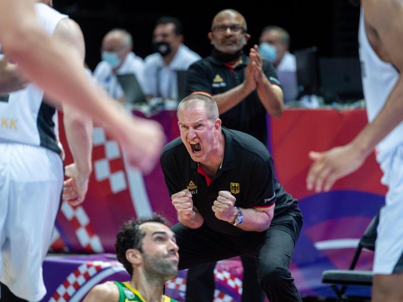 Fehlten nach dem Spiel die Worte: Bundestrainer Henrik Rödl. Foto: Tilo Wiedensohler/dpa