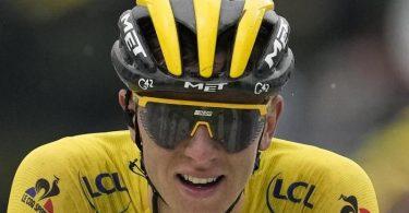 Tadej Pogacar im Gelben Trikot des Tour-Gesamtführenden. Foto: Christophe Ena/AP/dpa
