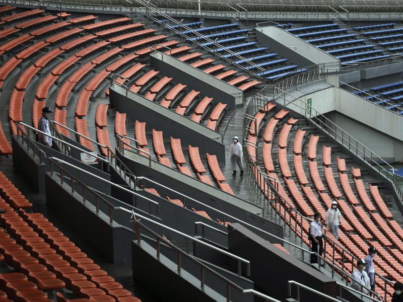 Die Tribünen werden während der Olympischen Spiele in Tokio leer bleiben. Foto: Eugene Hoshiko/AP/dpa