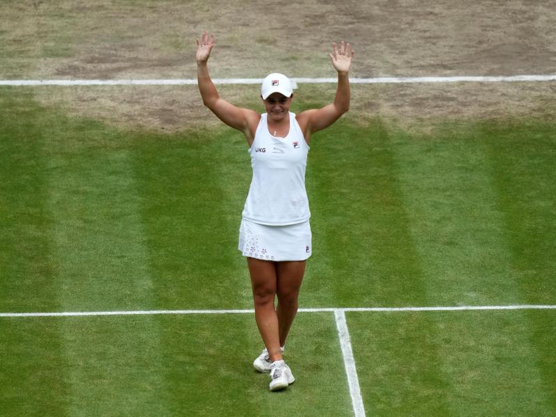 Die Australierin hat zum ersten Mal das Tennis-Turnier von Wimbledon gewonnen. Foto: Mike Hewitt/PA Wire/dpa