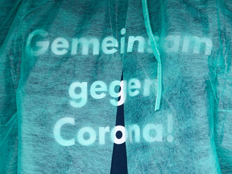 In Deutschland sind erst etwa 43 Prozent der Gesamtbevölkerung vollständig geimpft. Foto: Robert Michael/dpa-Zentralbild/dpa