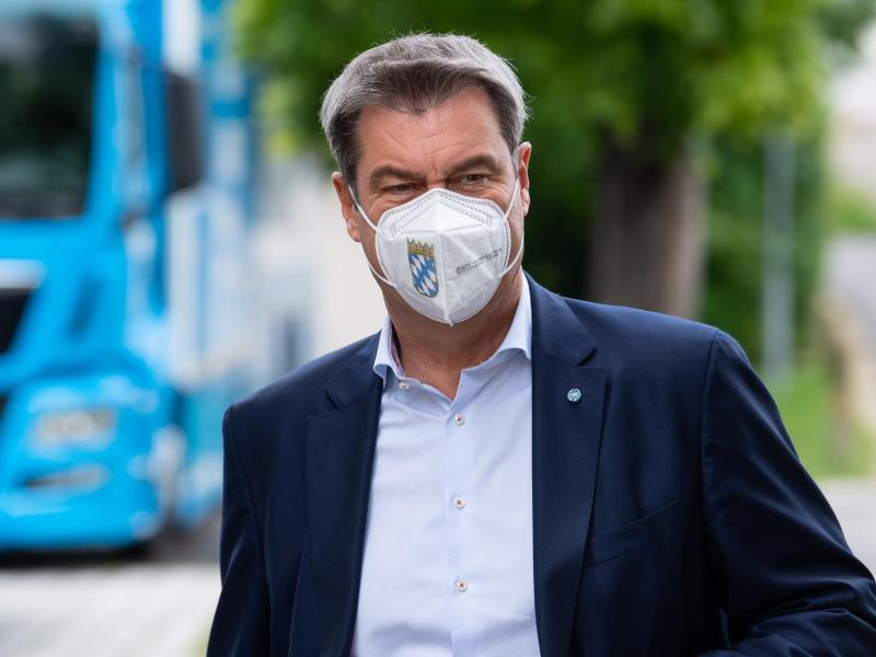 CSU-Chef Markus Söder setzt sich für Steuersenkungen bei Unternehmen und die Abschaffung des Soli ein. Foto: Sven Hoppe/dpa