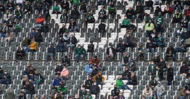 Der deutsche Profi-Fußball plant die Rückkehr von Gästefans in die Stadien. Foto: Bernd Thissen/dpa