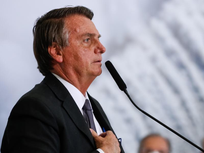 Jair Bolsonaro wurde für weitere Untersuchungen nach São Paulo gebracht. Foto: Alan Santos/Palacio Planalto/dpa