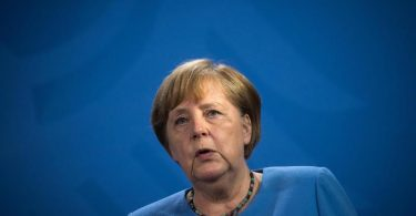 Kanzlerin Merkel ist die erste Regierungschefin aus Europa, die Biden im Weißen Haus empfängt. Foto: Stefanie Loos/AFP POOL/dpa