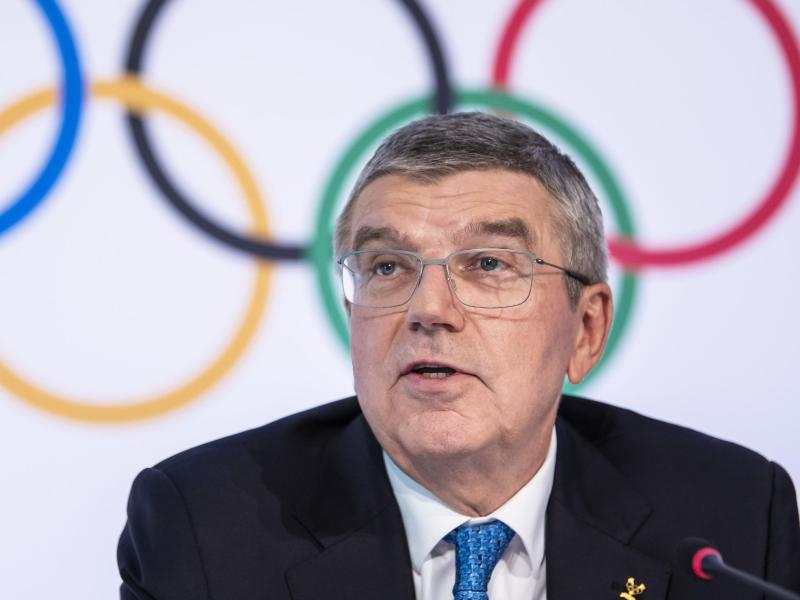 Hofft immer noch auf Zuschauer bei Olympia: IOC-Präsiendet Thomas Bach. Foto: Jean-Christophe Bott/KEYSTONE/dpa