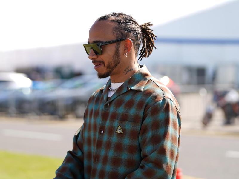 Wurde während und nach dem Formel-1-Rennen in Silverstone mehrfach in den Sozialen Medien rassistisch beleidigt: Lewis Hamilton. Foto: Tim Goode/PA Wire/dpa