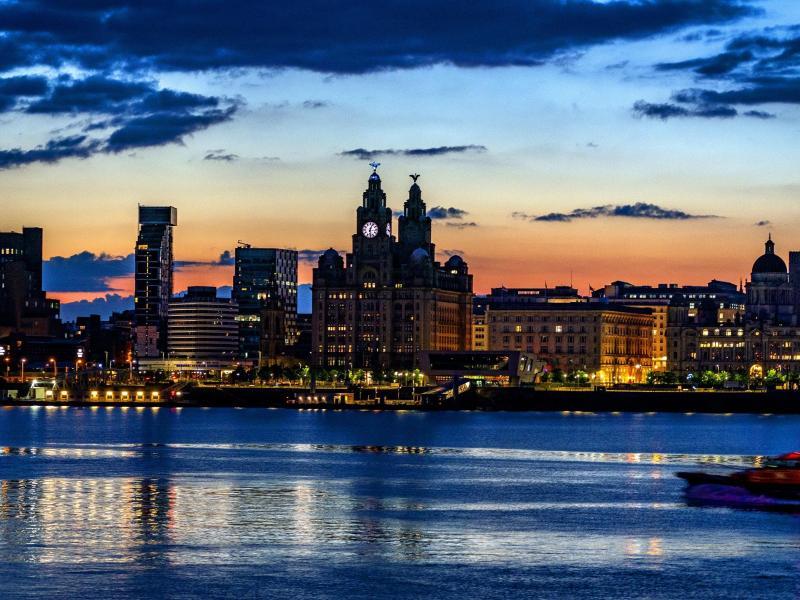 Das Liverpooler Hafenviertel. Foto: Peter Byrne/PA Wire/dpa